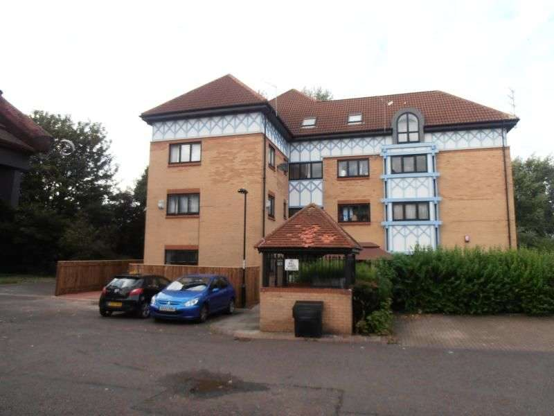 3 Bedrooms Flat for sale in Witton Court, Newcastle Upon Tyne, NE3