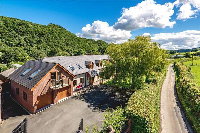 5 Bedrooms Detached Bungalow for sale in Berriew, Welshpool, Powys