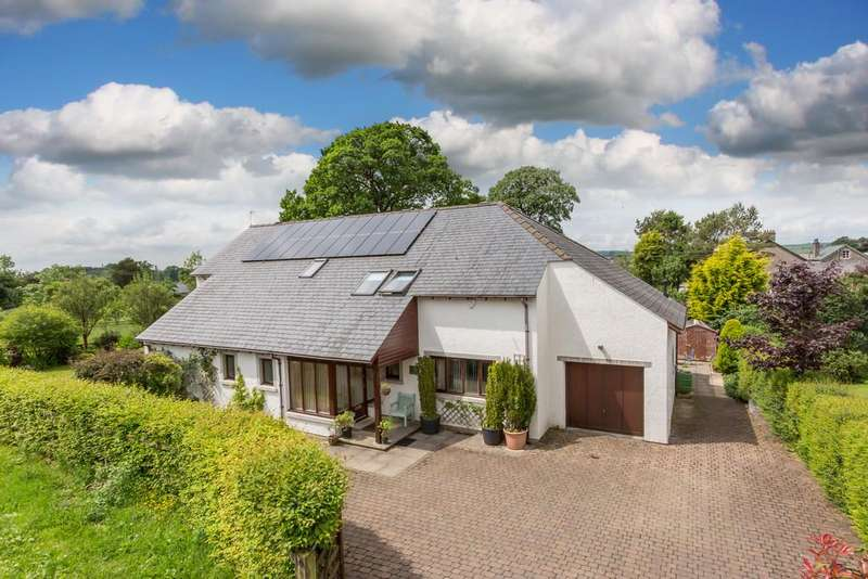 4 Bedrooms Detached House for sale in Oak House, 10 Barnrigg, Barbon, Near Kirkby Lonsdale, Lancashire LA6 2LJ