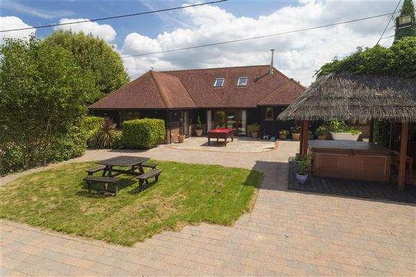 4 Bedrooms Detached House for sale in Loudham, Brenley Lane, Brenley