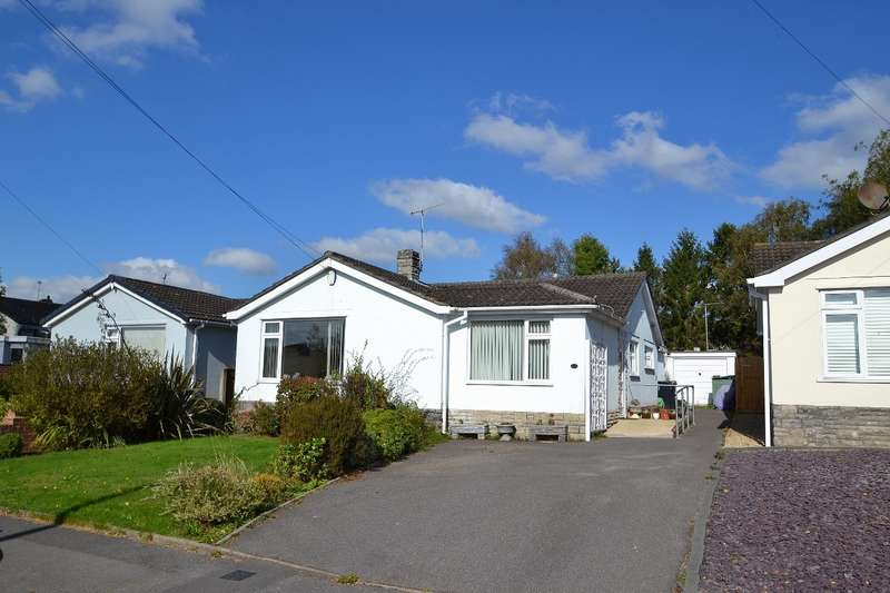 4 Bedrooms Bungalow for sale in Colehill