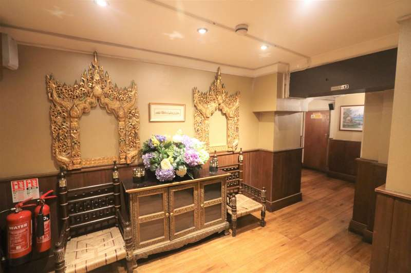 Commercial Property for rent in College Hill, Cannon Street, EC4R