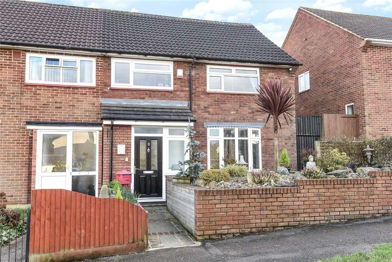 3 Bedrooms Semi Detached House for sale in Morriston Close, Watford, WD19
