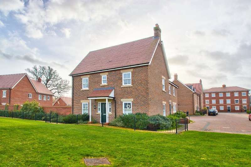 3 Bedrooms Detached House for sale in Crowsley Road, Kempston, Bedford, MK42 7FN