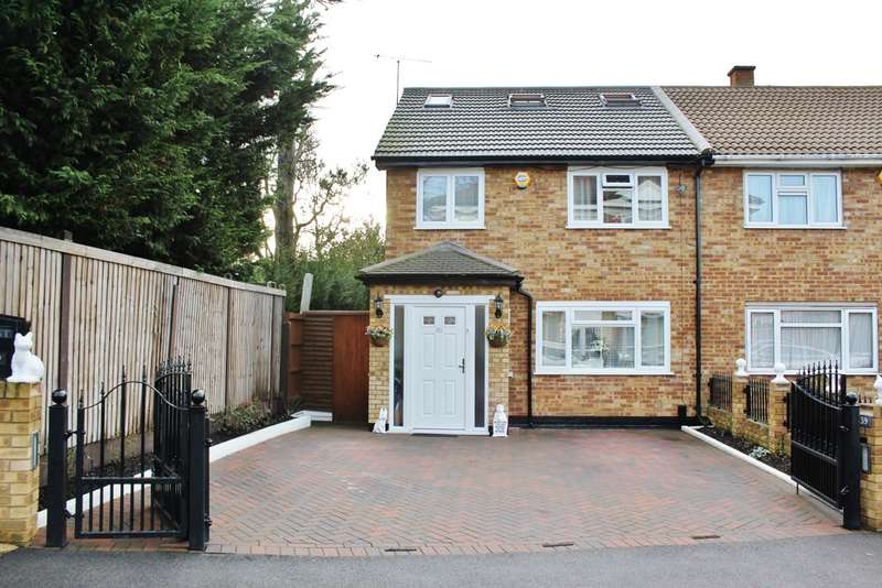 4 Bedrooms Semi Detached House for sale in Fairview Drive, Chigwell