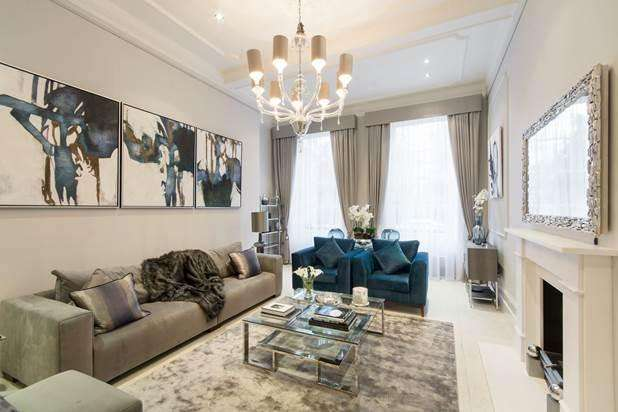 3 Bedrooms Flat for rent in Gloucester Square, London, W2