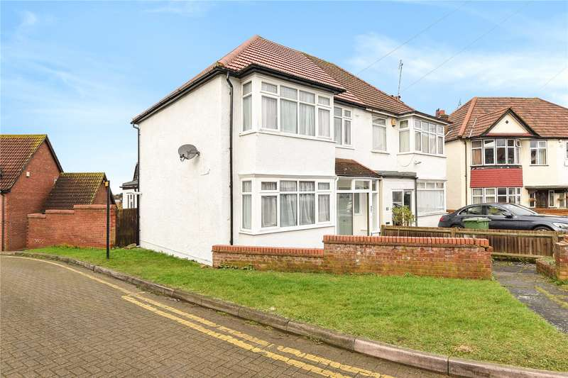 3 Bedrooms Semi Detached House for sale in Dudley Gardens, Harrow, Middlesex, HA2