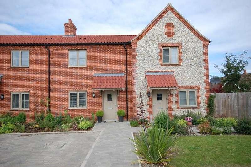 3 Bedrooms Terraced House for sale in Langham Road, Blakeney