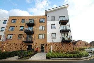 2 Bedrooms Flat for sale in Creek Mill Way, Dartford, Kent