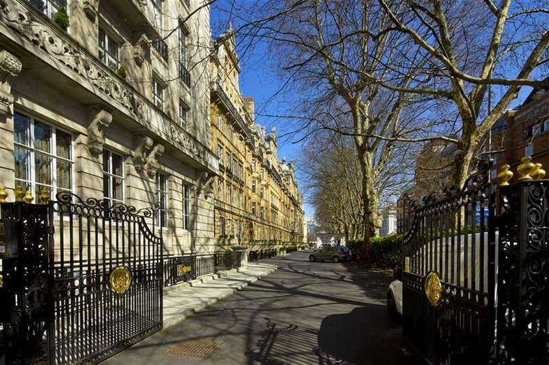 5 Bedrooms Flat for sale in Penthouse Flat Harley House, Marylebone, London, NW1
