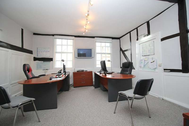 3 Bedrooms Commercial Property for sale in Market Square, Horsham