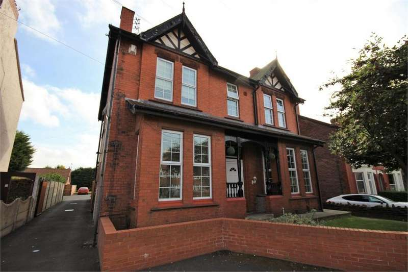1 Bedroom Flat for sale in Ditchfield Road, WIDNES, Cheshire