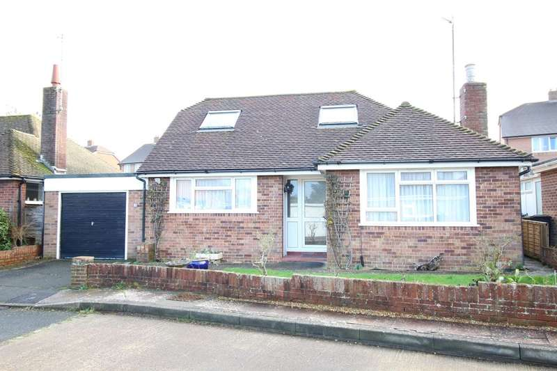 3 Bedrooms Detached House for sale in Clement Lane, Polegate, BN26