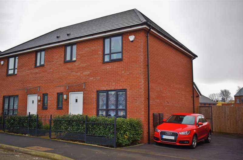 3 Bedrooms Semi Detached House for sale in Fenney Street, Salford, M7 2ZL