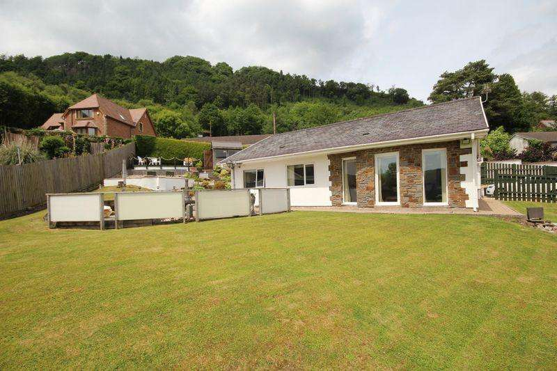 3 Bedrooms Detached House for sale in Littlewoods Estate, Abercynon