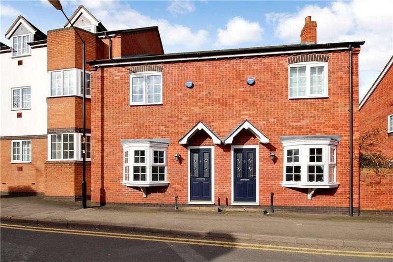 2 Bedrooms Terraced House for sale in Henley Park Court, Warwick Road, Henley-in-Arden, Warwickshire, B95