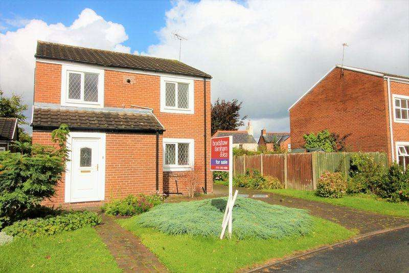 4 Bedrooms Detached House for sale in Broadlake, Willaston