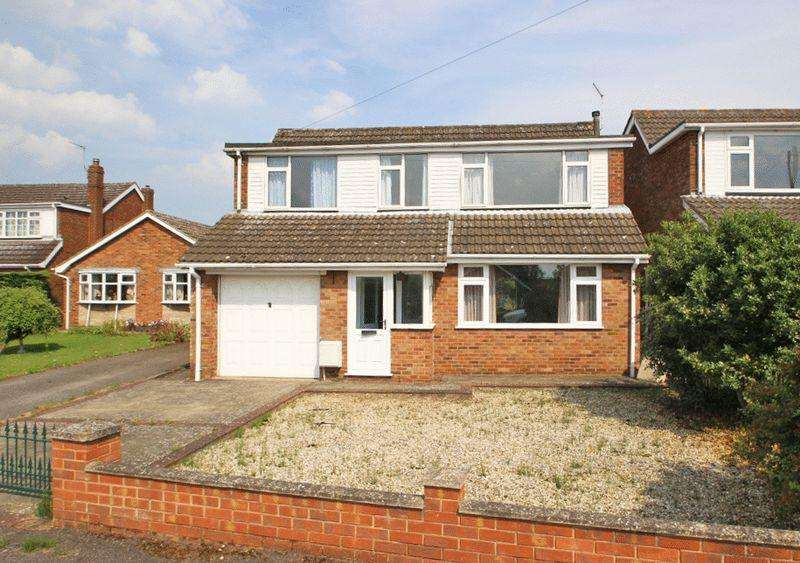 5 Bedrooms Detached House for sale in THE MEADOW, CAISTOR