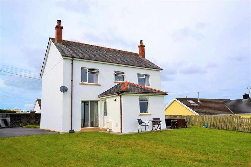 4 Bedrooms Detached House for sale in Heathfield, Pentlepoir