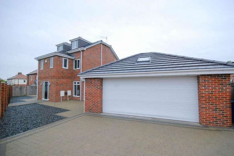 4 Bedrooms Detached House for sale in Finchale Terrace, Jarrow