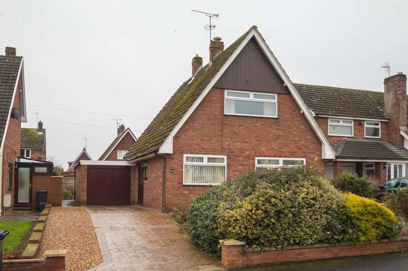 3 Bedrooms Detached House for sale in 29 Pentre Close, Ashton, CH3 8BR