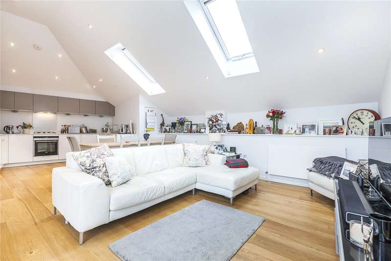 3 Bedrooms Flat for sale in The Toolworks, 44 Catherine Grove, London, SE10
