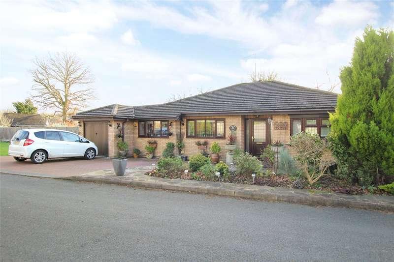 3 Bedrooms Detached Bungalow for sale in Ferndene, Bricket Wood, St. Albans, Hertfordshire, AL2