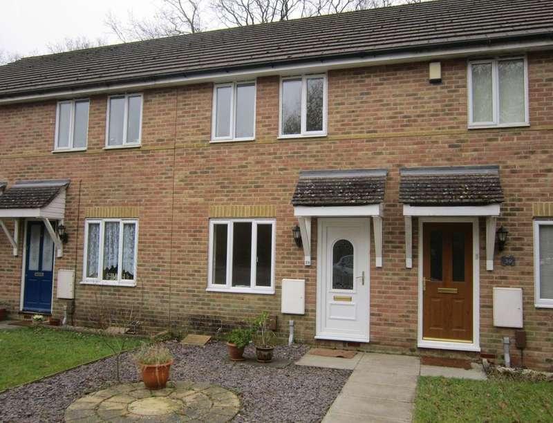 2 Bedrooms Semi Detached House for rent in Sorrel Drive, Whiteley, Fareham, PO15