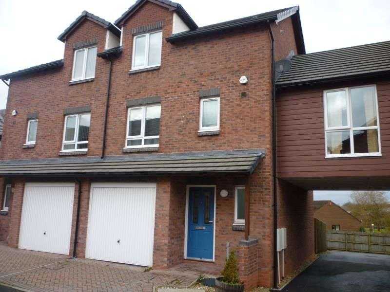 3 Bedrooms Property for rent in St. Josephs Gardens, Carlisle, CA1