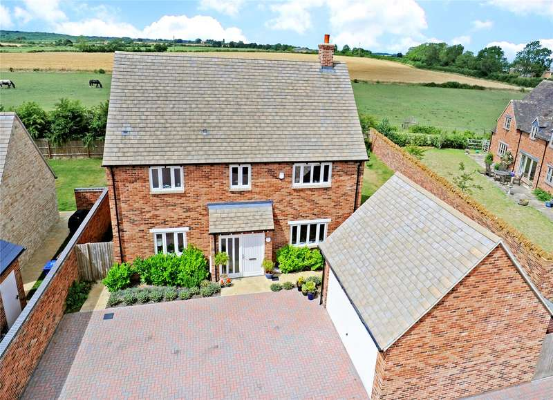 3 Bedrooms Detached House for sale in Longfield, Duns Tew, Oxfordshire, OX25