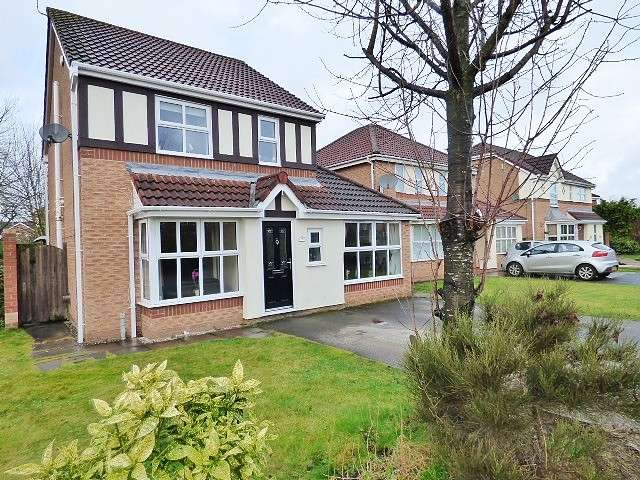 3 Bedrooms Detached House for sale in Nevada Close, Great Sankey, Warrington