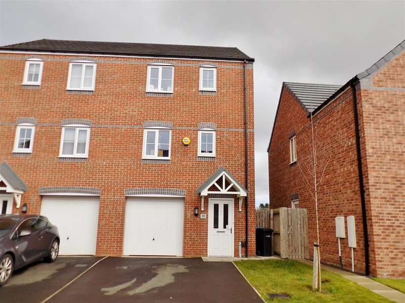 3 Bedrooms Town House for sale in Scholars Rise, Middlesbrough, TS4 3RP