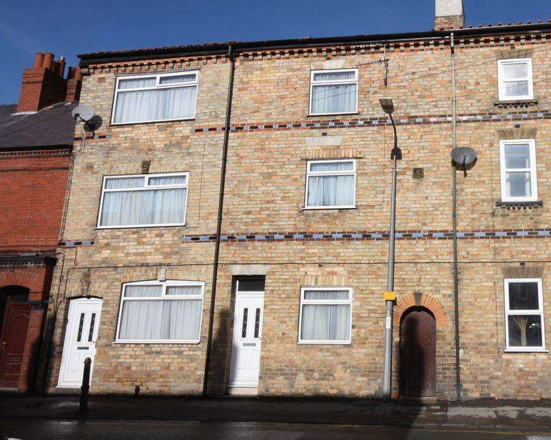 4 Bedrooms Terraced House for sale in London Street, Pocklington