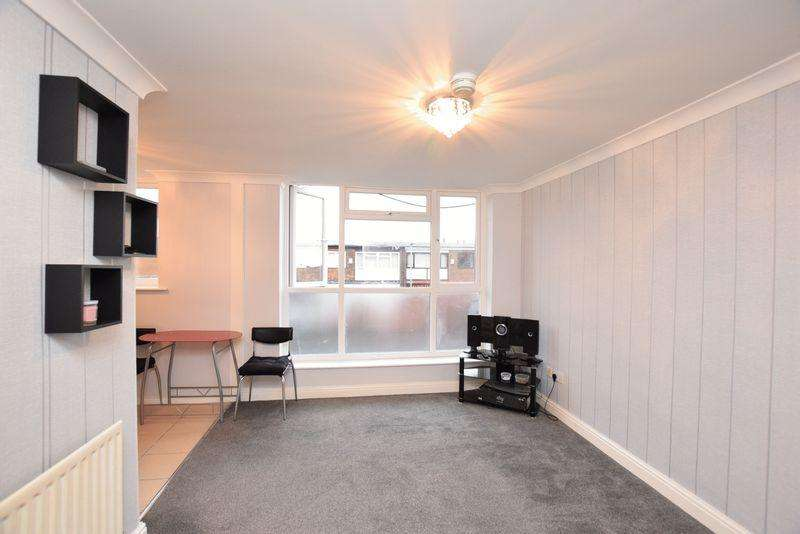 2 Bedrooms Apartment Flat for sale in Alder Road, Manchester