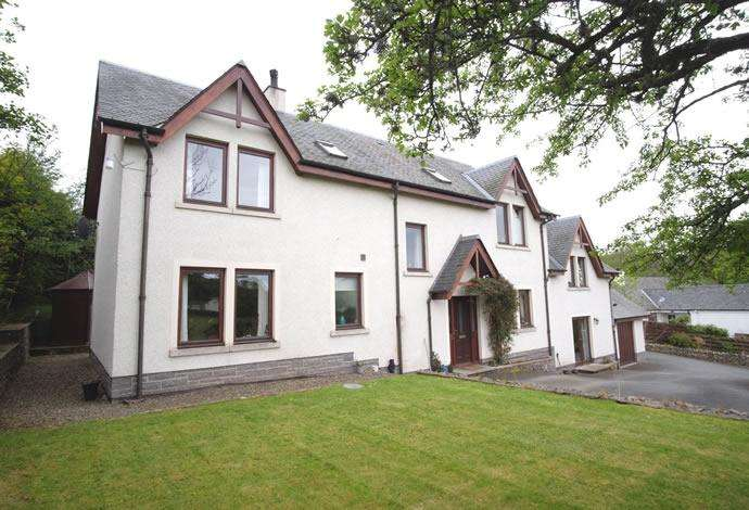 7 Bedrooms Detached House for sale in Thorburn House Traquair, Innerleithen, EH44 6PL