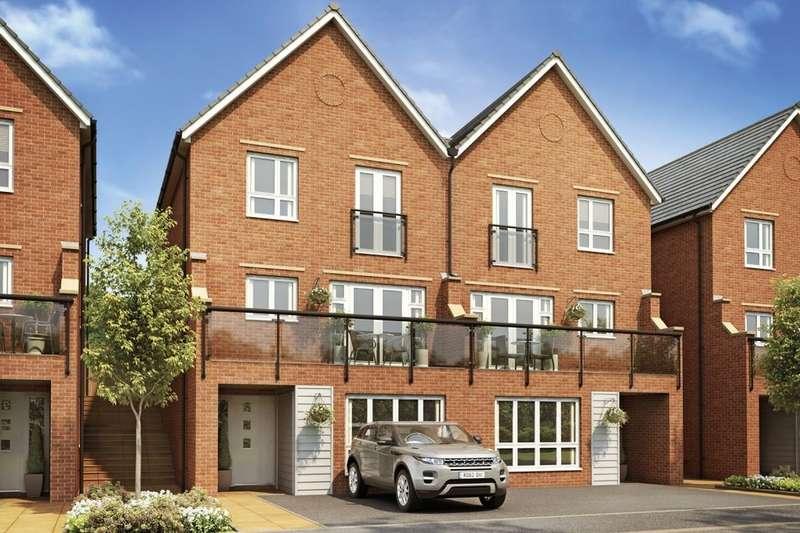 4 Bedrooms Detached House for sale in Sir Henry Brackenbury Road, Ashford, TN23