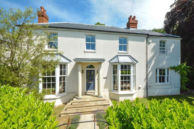 5 Bedrooms Detached House for sale in Charing, TN27