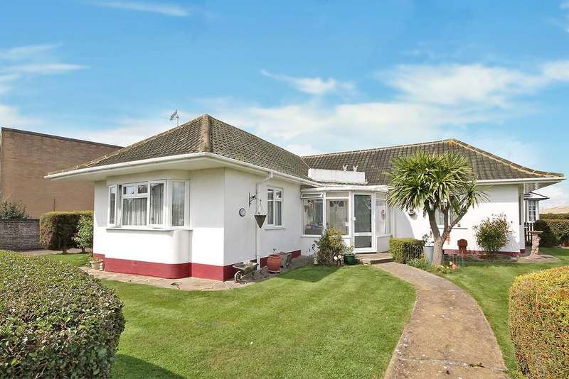 3 Bedrooms Detached Bungalow for sale in The Drive, Lancing, BN15