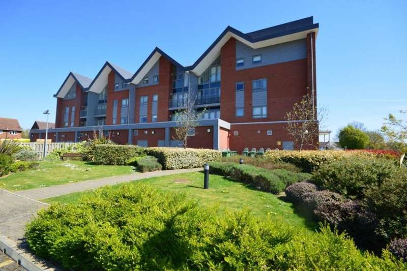 2 Bedrooms Flat for rent in School Mead, Abbots Langley, WD5
