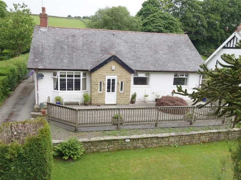 3 Bedrooms Detached Bungalow for sale in Keighley Road, Colne, Lancashire