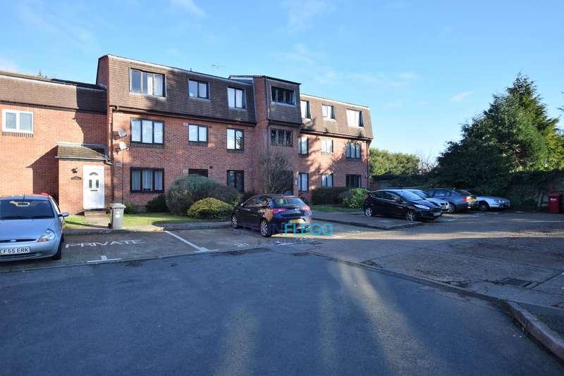 1 Bedroom Flat for sale in Langley, Slough