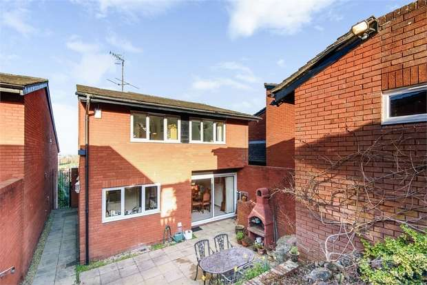 4 Bedrooms Detached House for sale in Rockwell Avenue, Bristol