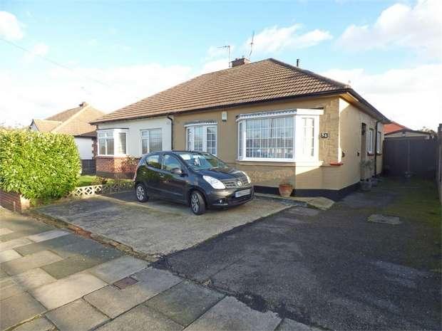 2 Bedrooms Semi Detached Bungalow for sale in Dulverton Avenue, Westcliff-on-Sea, Essex