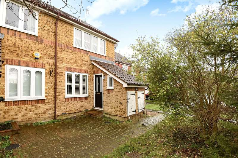 2 Bedrooms Terraced House for sale in Columbia Avenue, Ruislip, Middlesex, HA4