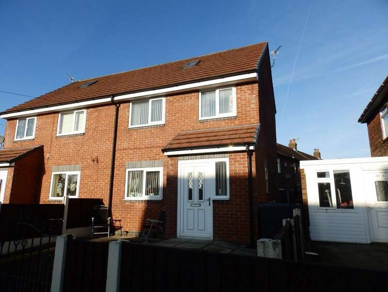 3 Bedrooms Semi Detached House for sale in Grizedale Crescent, Preston, PR2