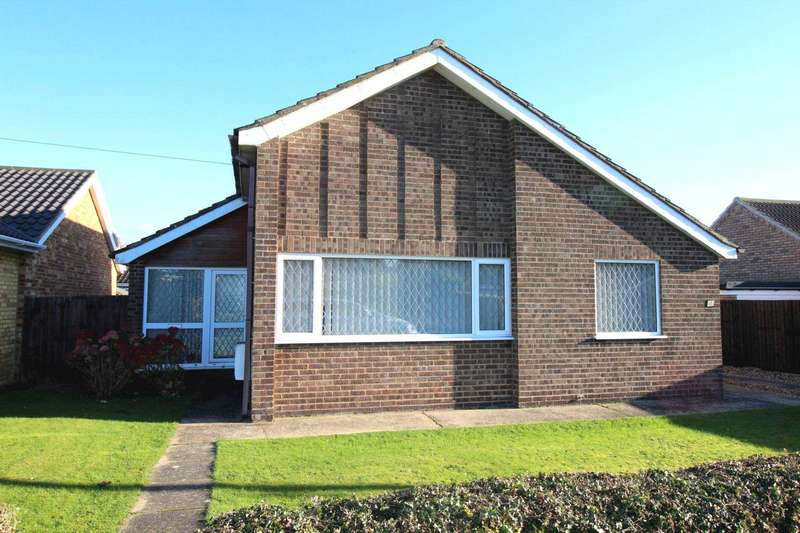 2 Bedrooms Detached Bungalow for sale in Greenhoe Place, Swaffham
