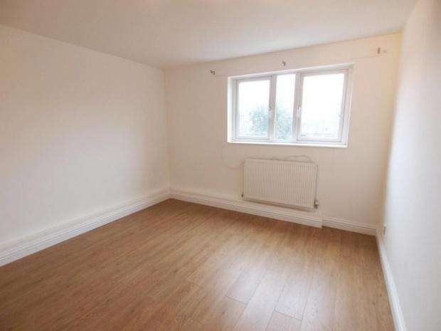 5 Bedrooms Terraced House for rent in Ashbrook Road, London, N19