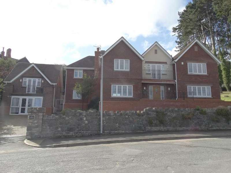 5 Bedrooms Detached House for sale in The Copthorne Oak Drive, Colwyn Bay, LL29 7YP