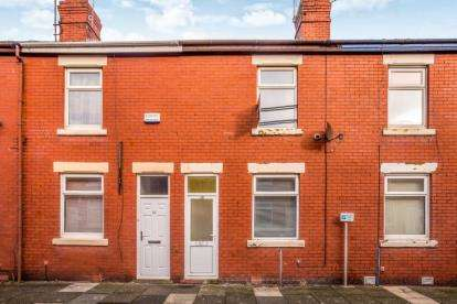 2 Bedrooms Terraced House for sale in Broughton Avenue, Blackpool, Lancashire, FY3