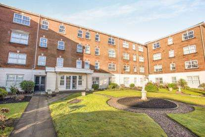 2 Bedrooms Flat for sale in Admirals Sound, Thornton-Cleveleys, FY5